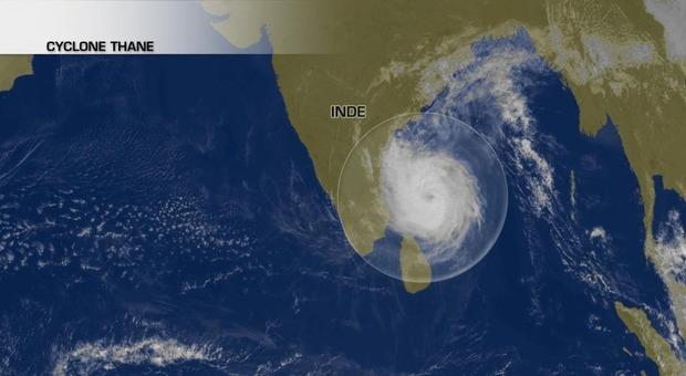 Le cyclone Thane vient de frapper l'Inde